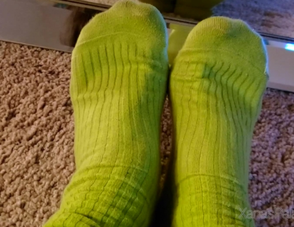 content/10-day-worn-slouch-socks/4.jpg
