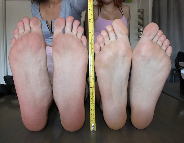 content/bratty-babes-measure-feet-and-height/3.jpg