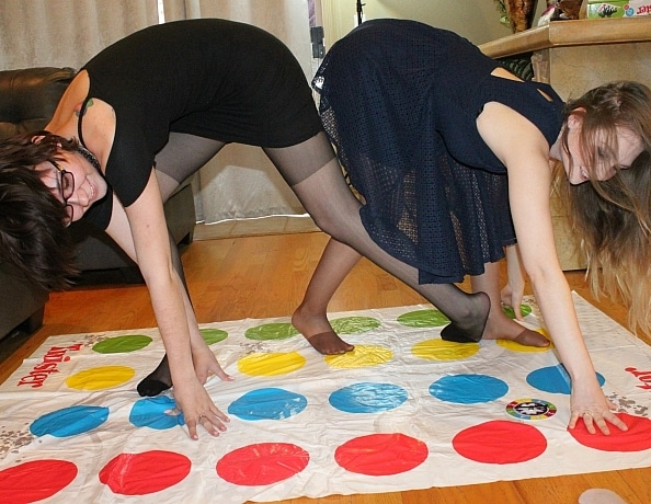 content/nylon-tickle-twister-competition/4.jpg