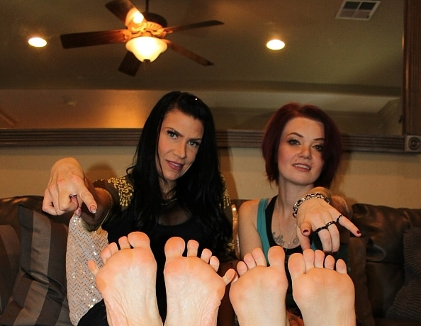 content/the-dominant-feet-worship-challenge/1.jpg