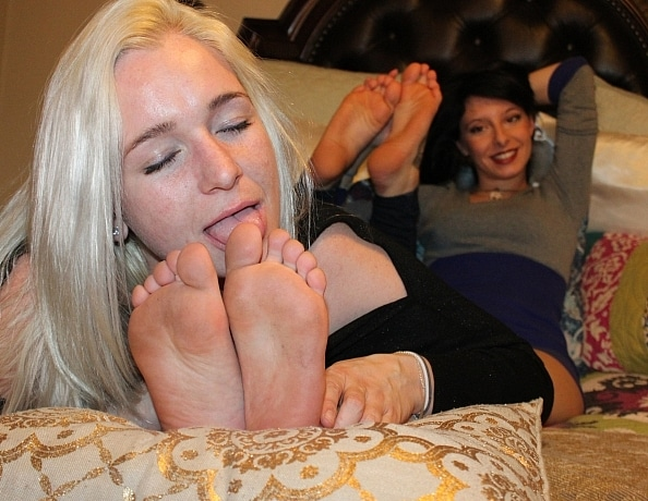 content/tickle-punished-and-foot-worshiped/2.jpg